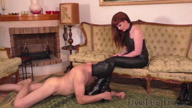Femme_Fatale_Films_-_Boot_Worship_Day_-_Complete_Film._Starring_Miss_Zoe.mp4.00009.jpg