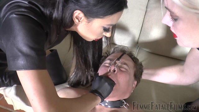 Watch Online Porn – Femme Fatale Films – Soaked In Spit – Complete Film. Starring Divine Mistress Heather and Goddess Tangent (MP4, FullHD, 1920×1080)
