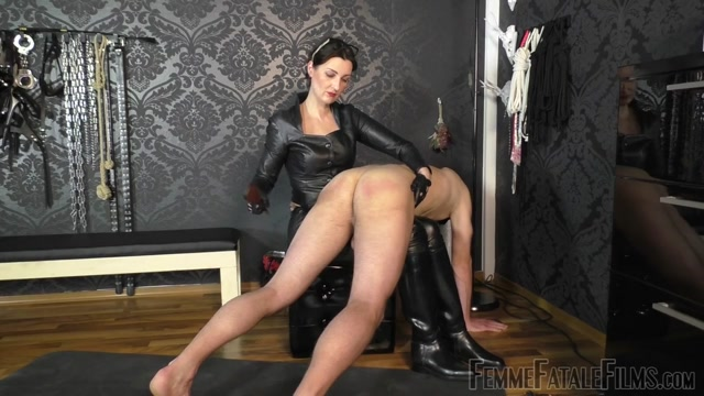 Watch Online Porn – Femme Fatale Films – Used  Milked Dry – Part 2. Starring Lady Victoria Valente (MP4, HD, 1280×720)