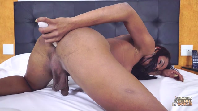 Franks-tgirlworld_presents_Sweet_And_Creamy_Solo_With_Anny_Kelly_Close____25.06.2019.mp4.00013.jpg