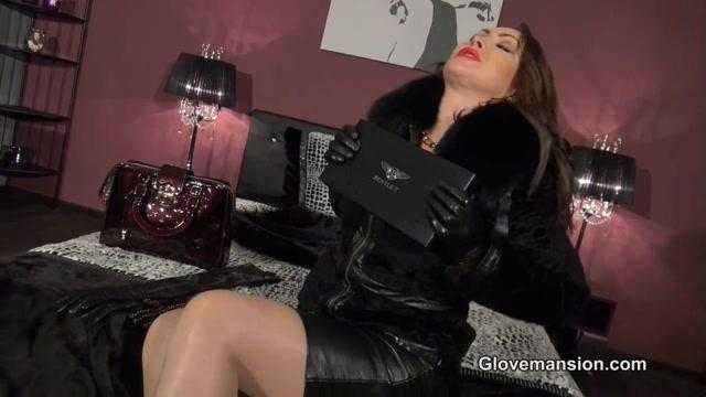 Watch Online Porn – Glovemansion – Horny gloved luxury lady (MP4, HD, 1280×720)