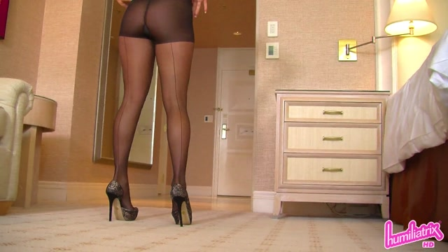 Watch Online Porn – Humiliatrix – Ashleigh Uses Her Legs to Help Your Rival Beat You in Business (MP4, FullHD, 1920×1080)