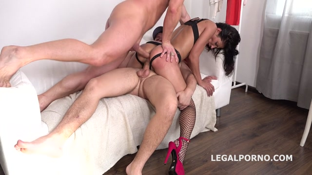 Watch Online Porn – LegalPorno presents Victoriya Lusconi gets 2on1 Anal and DP with rough sex, manhandle, Facial GL044 – 23.06.2019 (MP4, HD, 1280×720)