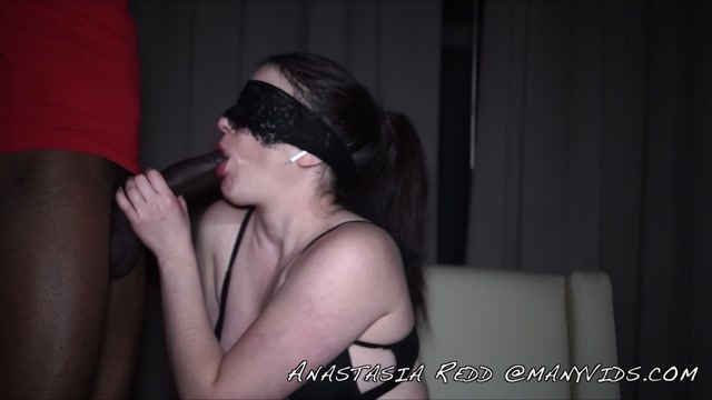 ManyVids_presents_Anastasiaredd_-_draining_a_room_of_bbcs_wow_cuck_watches.mp4.00000.jpg