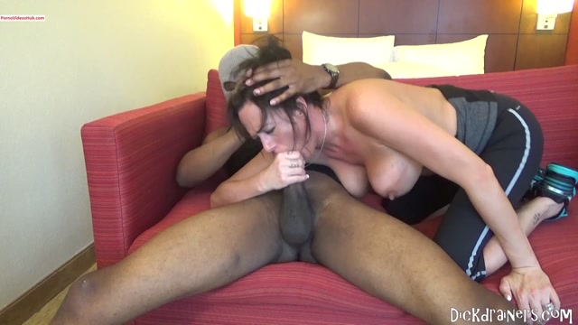 Watch Online Porn – ManyVids presents Dickdrainers XXX in 1st BBC For Married MILF – 14.05.2019 $13.99 (Premium user request) (MP4, FullHD, 1920×1080)