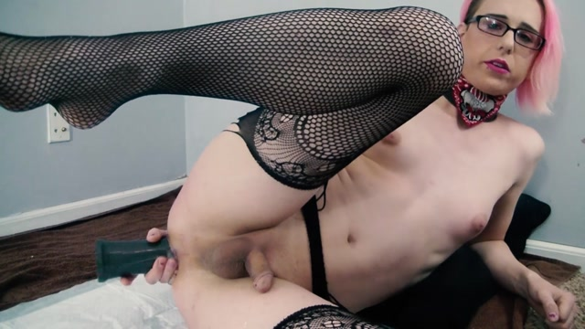 ManyVids_presents_FFKitty_-_Ass_Punishment_and_Cum.mp4.00007.jpg