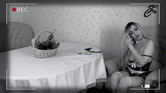 Watch Online Porn – ManyVids presents KsuColt – the maid loves vegetables (MP4, FullHD, 1920×1080)