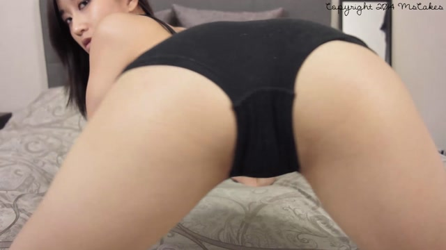 ManyVids_presents_MsCakes_aka_Ms_Cakes_-_cum_for_my_ass_in_black_boyshorts.mp4.00006.jpg
