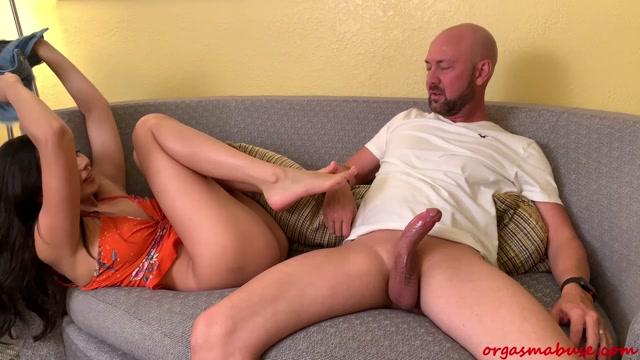 Watch Online Porn – ManyVids presents Orgasm Abuse – Strip Club – Ariana Marie Handjob (MP4, FullHD, 1920×1080)