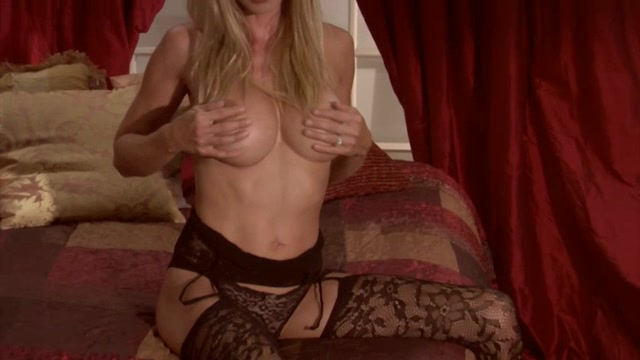 Watch Online Porn – ManyVids presents TianaLive in hollyhotwife – Photoshoot Masturbation Video (MP4, SD, 854×480)