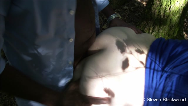 ManyVids_presents_b1ackwood_-_If_you_go_down_to_the_woods_today.mp4.00012.jpg
