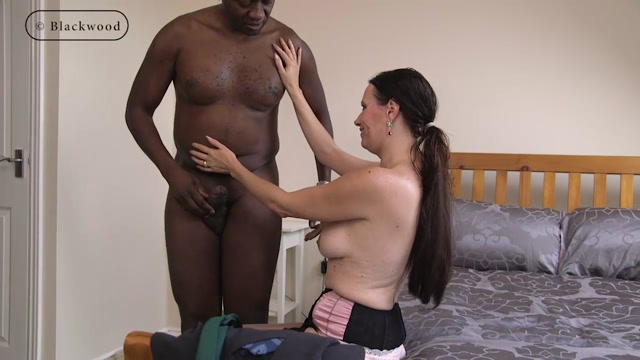 ManyVids_presents_b1ackwood_-_Sticky_messy_end_with_sexy_filthy_MILF.mp4.00003.jpg