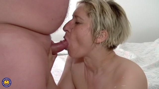 Mature.nl_presents_Debbie_D.__39____Teresa_Lynn__EU___42_.mp4.00012.jpg