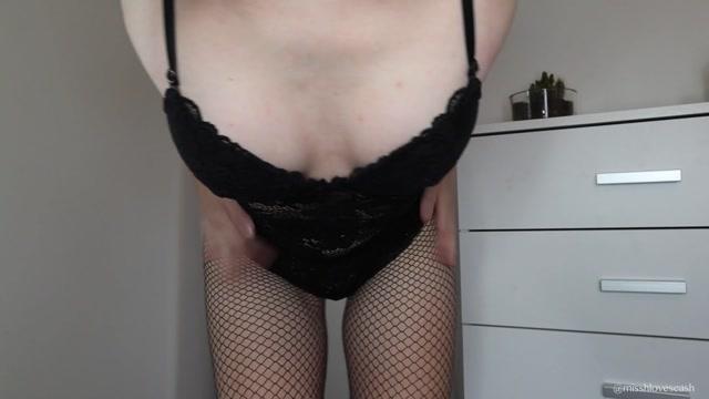Miss_Hanna_-_Heads_or_Tails_JOI.mp4.00015.jpg
