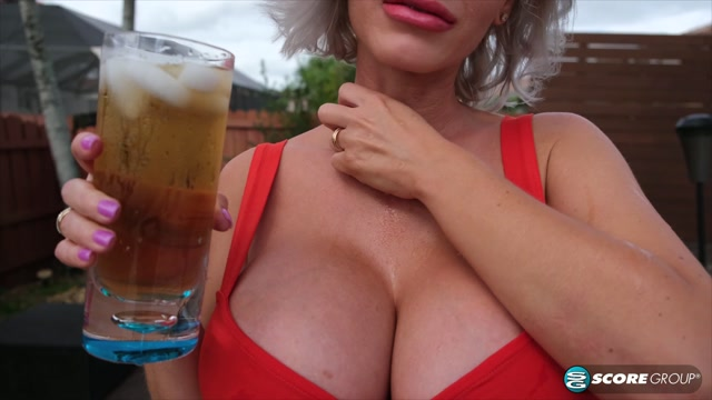 PornMegaLoad_presents_Casca_Akashova_-_A_Cool_Drink_With_A_Cool_Blonde___13.06.2019.mp4.00001.jpg