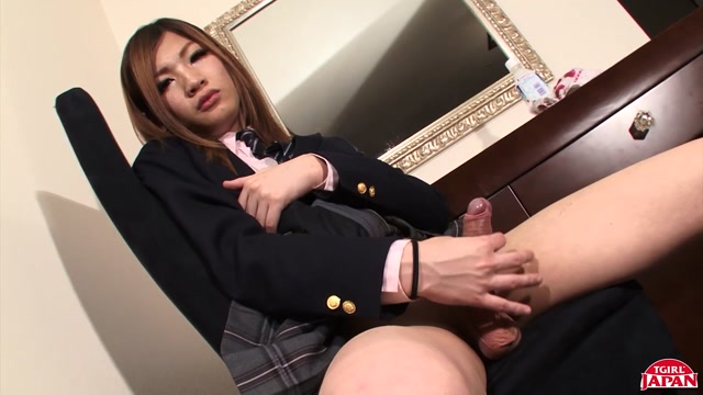 Watch Online Porn – TGirlJapan presents Mako Shows Off Her Cock! Remastered – 28.06.2019 (MP4, HD, 1280×720)