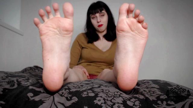 Watch Online Porn – Tsarina Baltic – Fantastic Feet JOI (MP4, FullHD, 1920×1080)