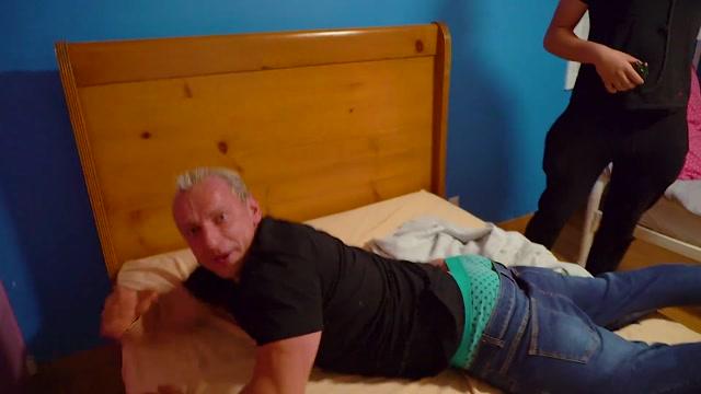 Watch Online Porn – VitalyUncensored presents Behind The Scenes Surprise Massage Prank! (MP4, FullHD, 1920×1080)