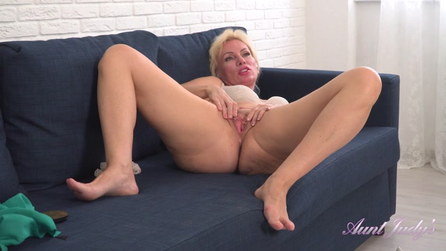 Watch Online Porn – AuntJudies presents Kate (MP4, FullHD, 1920×1080)