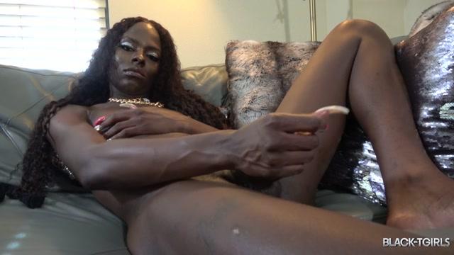 Watch Online Porn – Black-tgirls presents Cumshot Thursday: Nyla Banx! – 25.07.2019 (MP4, HD, 1280×720)