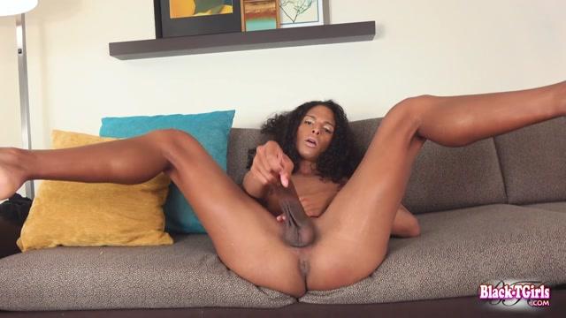 Watch Online Porn – Black-tgirls presents Introducing Beautiful Jean Black! – 01.07.2019 (MP4, HD, 1280×720)