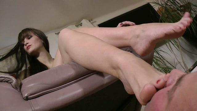 Watch Online Porn – Boot Heel Worship Cbt Humiliation – EnjoyTheWeight. Starring Lady Sofia (MP4, FullHD, 1920×1080)