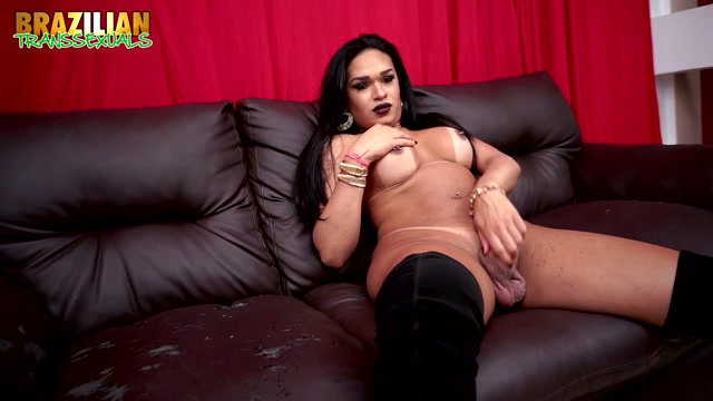 Watch Free Porno Online – Brazilian-transsexuals presents Red Hot Lover Raphaely Cardoso Remastered – 18.07.2019 (MP4, HD, 1280×720)