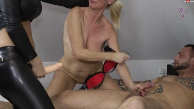 Watch Online Porn – Dirty-Tina – Die MILF-Schlampe 26.10.18 (MP4, FullHD, 1920×1080)