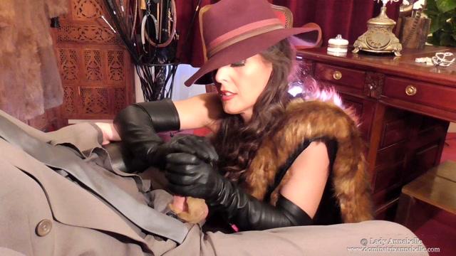 Watch Online Porn – Dominatrix Annabelle – Smoking Seductress (MP4, FullHD, 1920×1080)