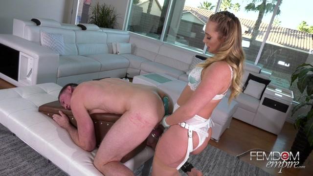 Watch Online Porn – FemdomEmpire presents AJ Applegate – Girls Fuck Better – 23.07.2019 (MP4, FullHD, 1920×1080)