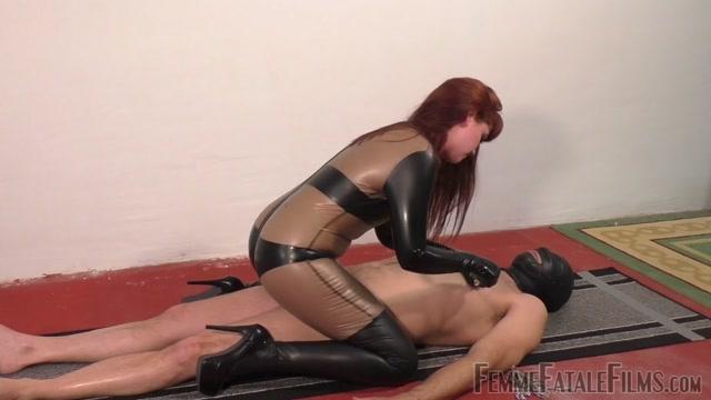 Watch Online Porn – Femme Fatale Films  Smothering Him In Latex  Part 2. Starring Miss Zoe (MP4, HD, 1280×720)