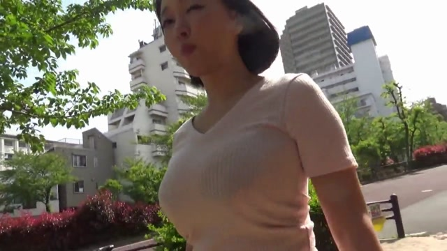 Hanyu_Arisa_-__Clothed_Colossal_Tits__Clothed_Colossal_Tits_Babe_Suddenly_Wants_To_Record__URPW-045___Hyon__Unfinished___cen_.mp4.00000.jpg