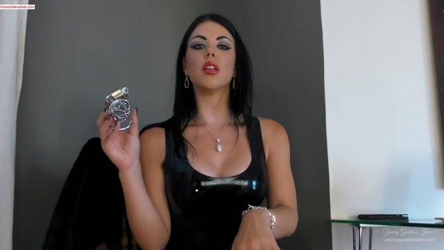 Iwantclips_presents_Goddess_Kim_s_Fantasies_in_The_Job_Application__17.99_Young_Goddess_Kim__Premium_user_request_.mp4.00005.jpg