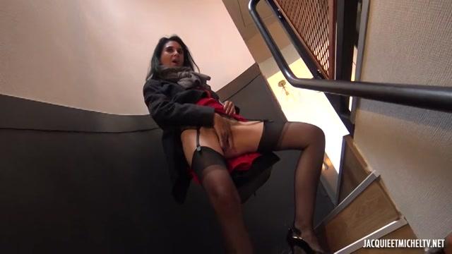 Watch Online Porn – Jacquieetmicheltv presents Elise, 45ans, à la recherche de nouveauté ! – 12.07.2019 (MP4, SD, 854×480)