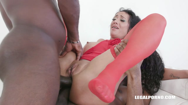 LegalPorno_presents_Morgan_XX_keeps_enjoying_black_cocks_IV319___10.07.2019.mp4.00007.jpg