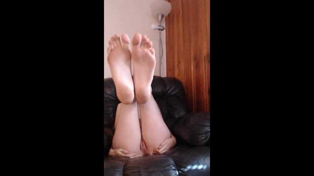 Watch Online Porn – ManyVids presents Annabelle Bestia – foot worship (MP4, HD, 1280×720)