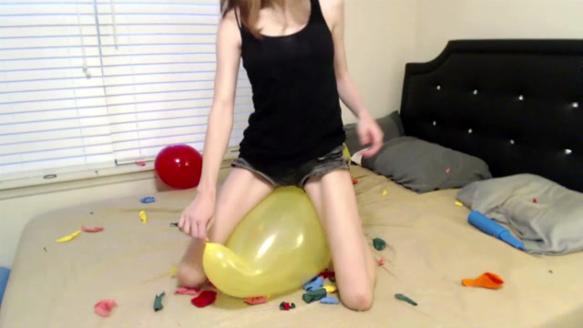 ManyVids_presents_CharlotteHazey_-_Popping_all_my_leftover_balloons.mp4.00013.jpg