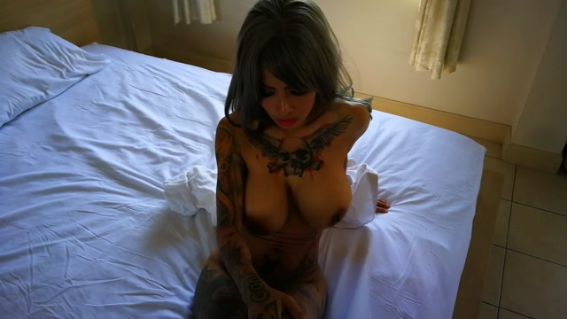 Watch Online Porn – ManyVids presents InkedMonster – Dress Shirt Masturbation (MP4, HD, 1280×720)