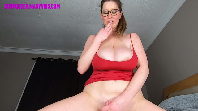 Watch Online Porn – ManyVids presents KCupQueen in Riding Reverse In My Little Red Tank Top $14.99 (Premium user request) (MP4, FullHD, 1920×1080)