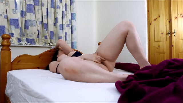 Watch Online Porn – ManyVids presents Melissa Lauren – Waking up and playing with myself (MP4, FullHD, 1920×1080)