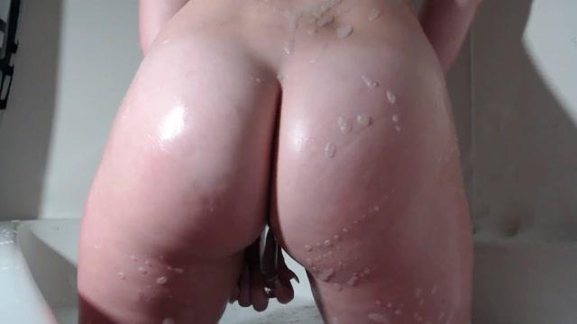 Watch Online Porn – ManyVids presents MillieKnoxx – Fucking Myself In The Bath (MP4, FullHD, 1920×1080)