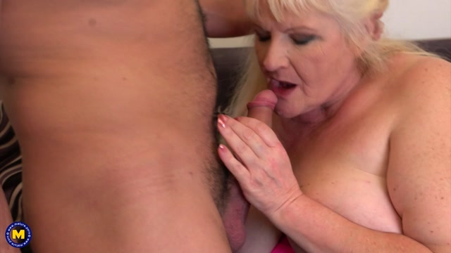 Mature.nl_presents_Leona_C.__59_.mp4.00005.jpg