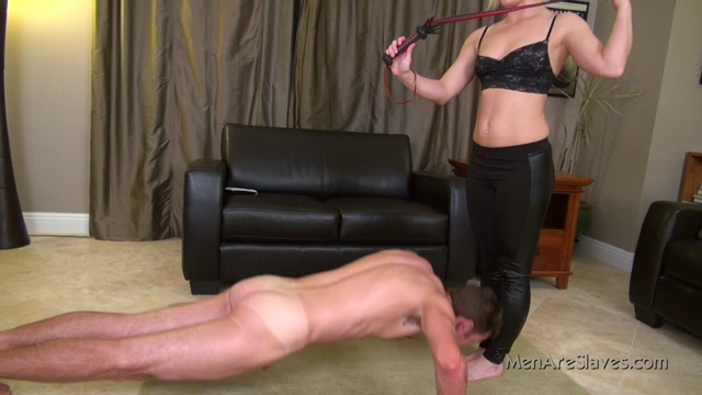 Watch Online Porn – Men Are Slaves – Tone Him Up. Starring Ash Hollywood (MP4, FullHD, 1920×1080)
