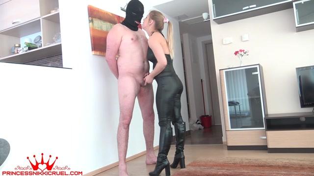 Watch Online Porn – Princess Nikki Cruel – Spit slap and ballbust a wrestling loser first cam (MP4, FullHD, 1920×1080)