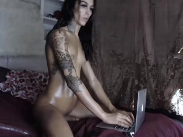 Watch Online Porn – Shemale Webcams Video for July 17, 2019 – 24 (MP4, SD, 768×576)