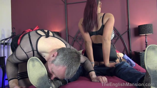 The_English_Mansion_-_Fluffer_Cuckold_Husband_-_Part_3._Starring_Mistress_Pandora.mp4.00013.jpg