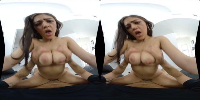 Wankzvr_presents_Ass_of_Spades_-_Kendra_Spade_4K.mp4.00003.jpg
