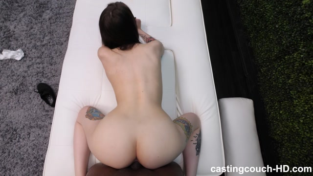 Watch Online Porn – CastingCouch-HD presents Jenna (MP4, FullHD, 1920×1080)