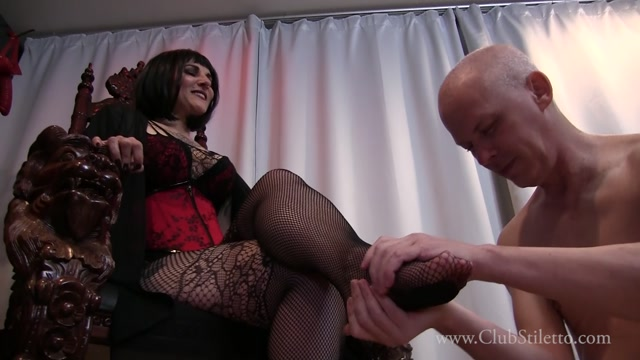 Watch Online Porn – Club Stiletto FemDom – Your Friend Gets My Pussy, You Get My Feet. Starring Lady Lennox (MP4, FullHD, 1920×1080)