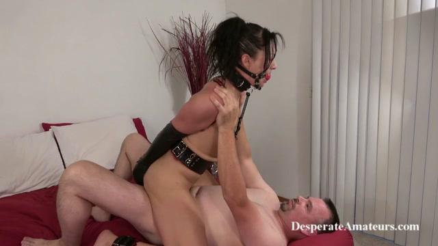 Watch Online Porn – DesperateAmateurs presents Hunter (MP4, HD, 1280×720)
